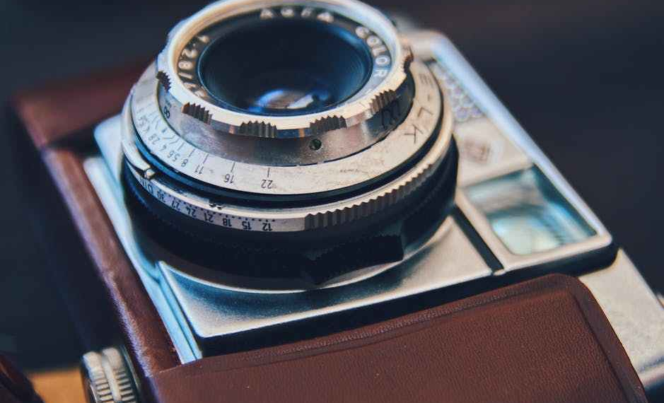 old fashioned film cameras